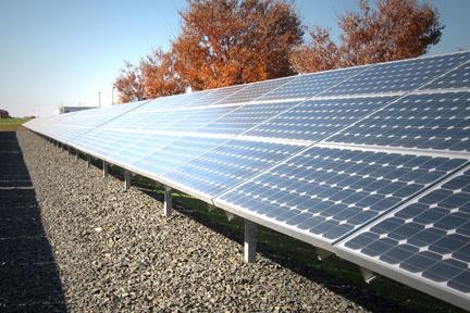 Solárne zostavy na pripojenie